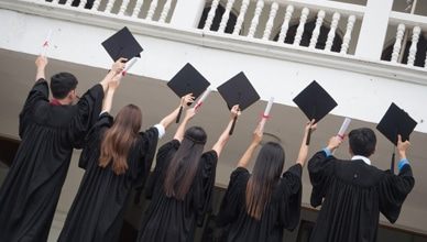 international_business_students_graduate_on_time