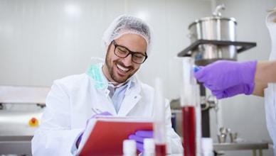 pharmacy_technician_earn