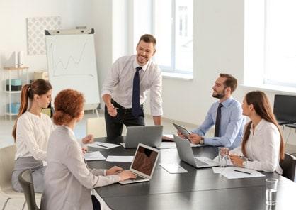 associate-entrepreneurship-successful-img